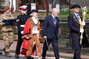 The Mayor of Tunbridge Wells, Cllr Julia Soyke, being escorted to the War Memorial. (c) David Bartholemew.