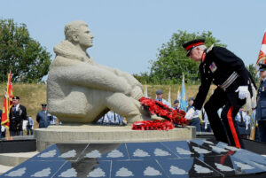 The Lord-Lieutenant laying a wreath at the Memorial. (c) Barry Duffield DL