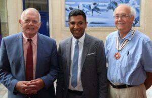 Pictured left to right: Cllr Eric Hotson, Mr Gurvinder Sandher, Mr Trevor Sturgess DL. (c) Kent Equality Cohesion Council